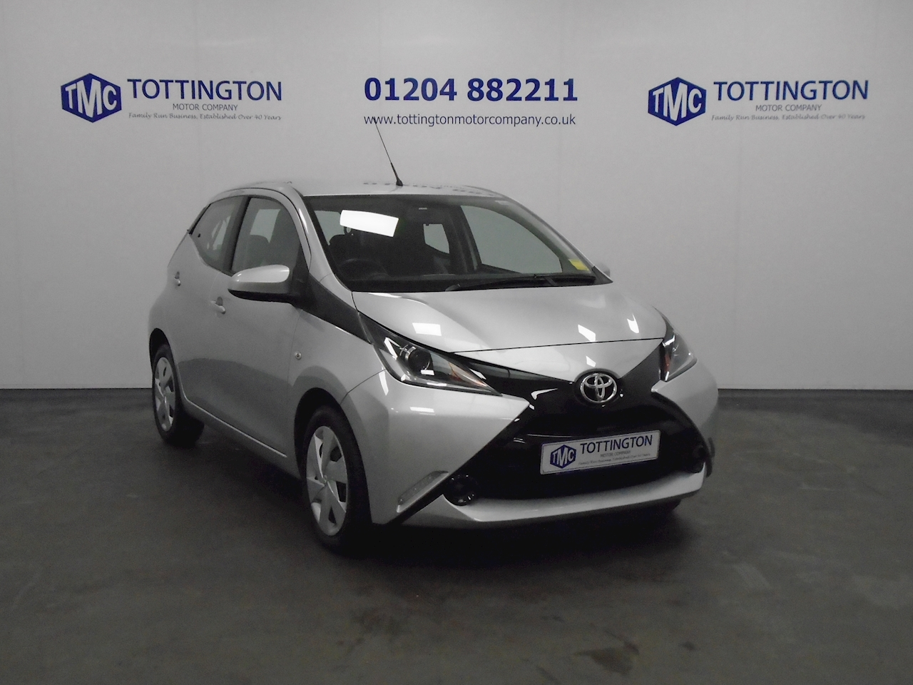 Toyota AYGO x-play 1 5dr Hatchback Manual Petrol