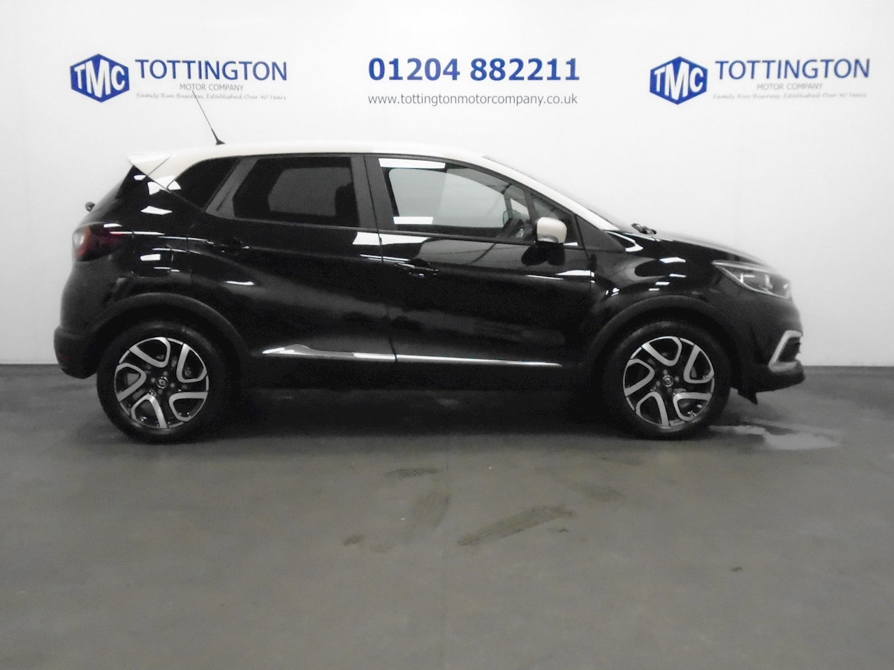 Renault Captur Iconic 1.5 5dr SUV Manual Diesel