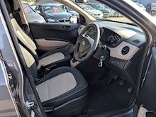 I10 S Blue Drive Hatchback 1.0 Manual Petrol