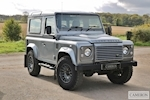 Land Rover Defender 90 - Thumb 0