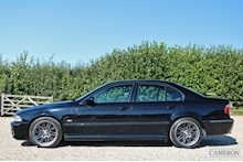 BMW 5 Series - Thumb 9