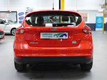 Ford Focus Zetec 2015 - Thumb 17