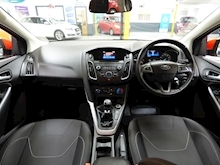 Ford Focus Zetec 2015 - Thumb 28