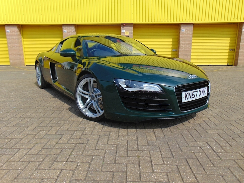 R8 Quattro Coupe 4.2 Manual Petrol