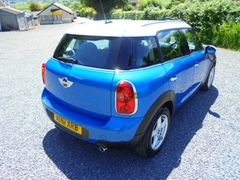 Mini Countryman Cooper D Hatchback 1.6 Manual Diesel