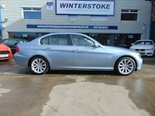 Bmw 3 Series 320D Exclusive - Thumb 1
