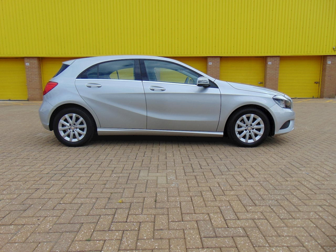 Used Mercedes A-Class A180 Blueefficiency Se | Car Imports