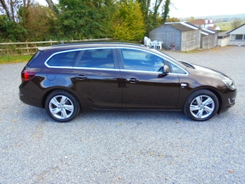 Astra Sri Cdti Ecoflex S/S Estate 1.6 Manual Diesel