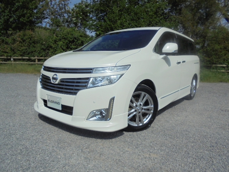Elgrand Highway Star 2488 5dr MPV Automatic Petrol