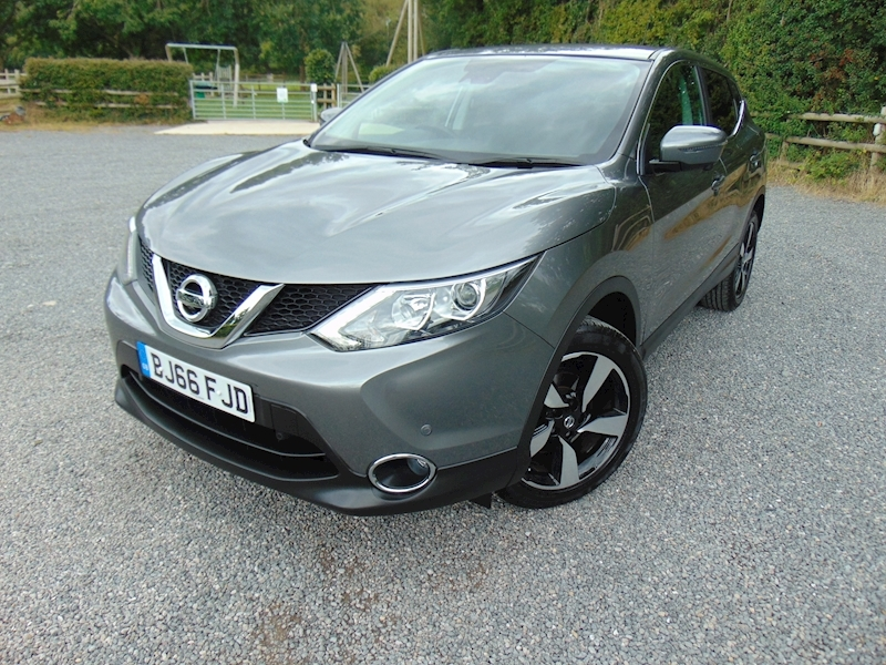 Qashqai N-Connecta Dig-T Hatchback 1.2 Manual Petrol