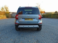 Skoda Yeti Outdoor Laurin And Klement Tdi Scr - Thumb 3
