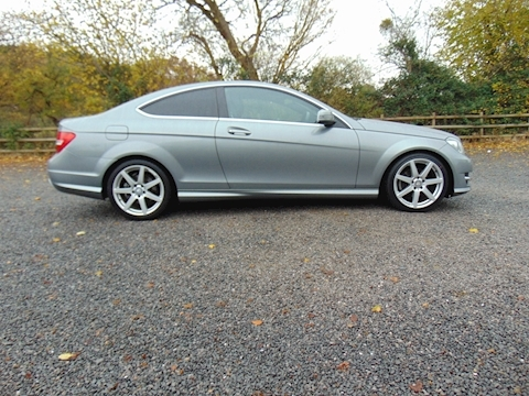 C Class C220 Cdi Blueefficiency Amg Sport Coupe 2.1 Manual Diesel