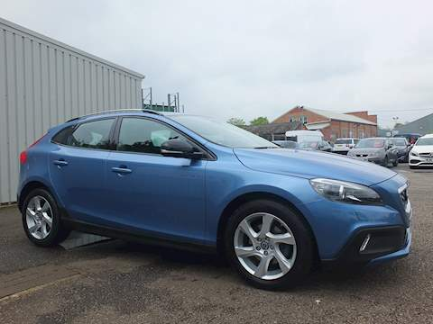 Volvo V40 D2 Cross Country Lux Hatchback 1.6 Automatic Diesel