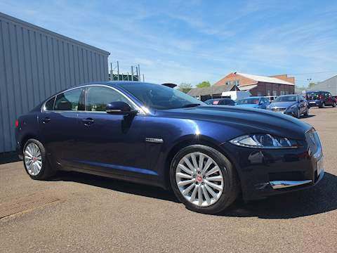 Jaguar Xf Luxury D XF LUXURY D AUTO Saloon 2.2 Automatic Diesel