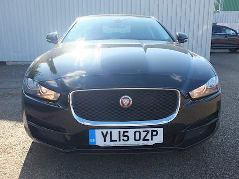 Jaguar Xe Prestige Saloon 2.0 Manual Diesel