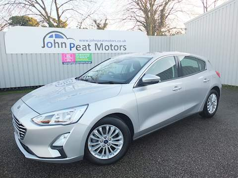 Ford Focus Titanium Tdci Hatchback 1.5 Manual Diesel