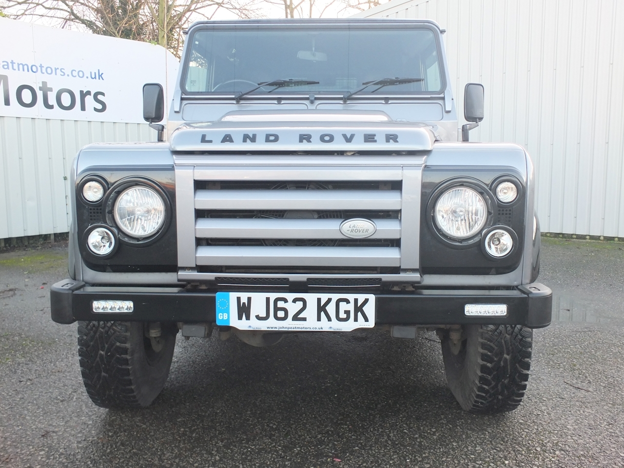 Defender 90 Td X-Tech Le Hard Top Light 4X4 Utility 2.2 Manual Diesel