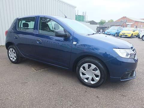 Dacia Sandero Essential Hatchback 1.0 Manual Petrol