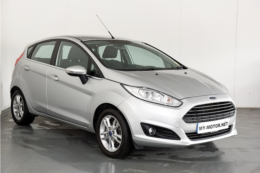 Ford Fiesta - Large 0
