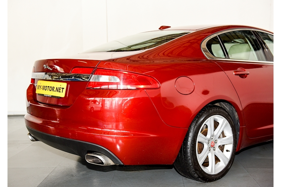 Jaguar Xf - Large 25