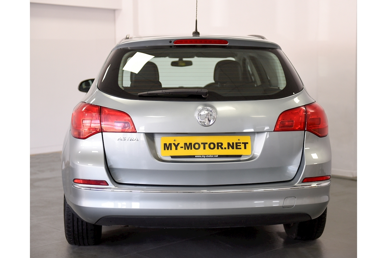 Vauxhall Astra - Large 4