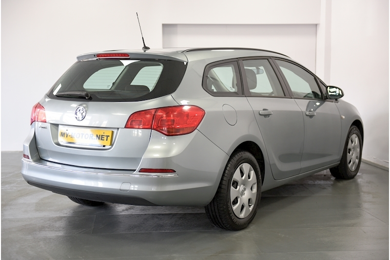 Vauxhall Astra - Large 3
