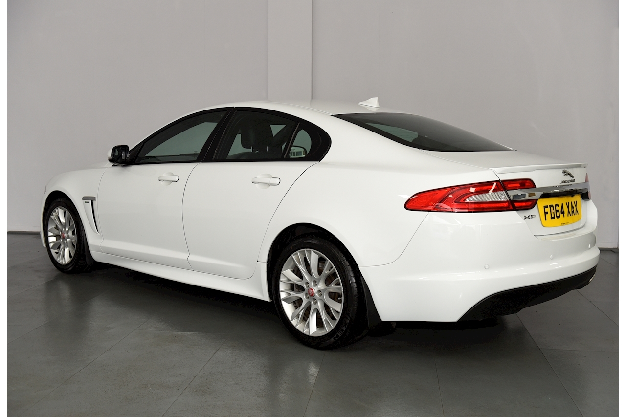 Jaguar Xf - Large 5