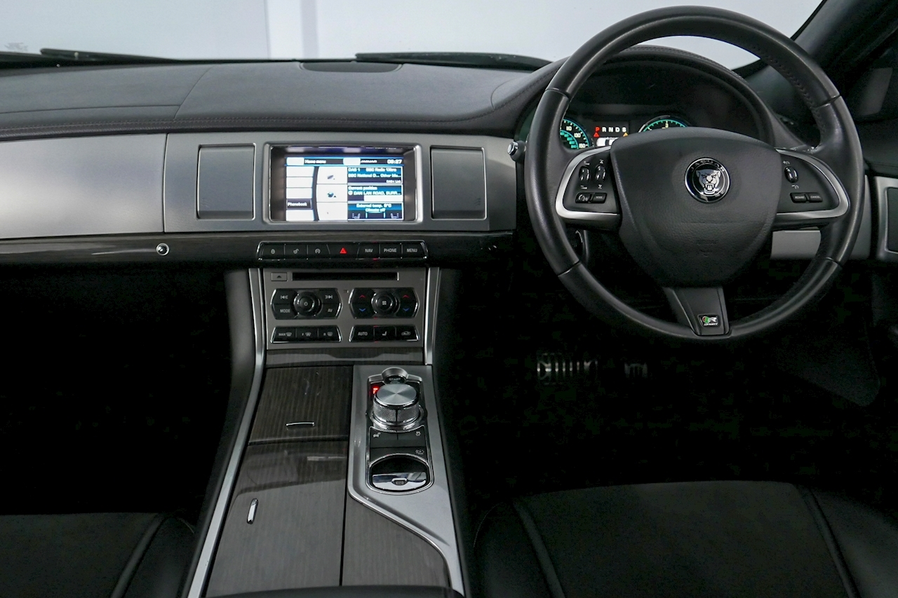 Jaguar Xf - Large 20