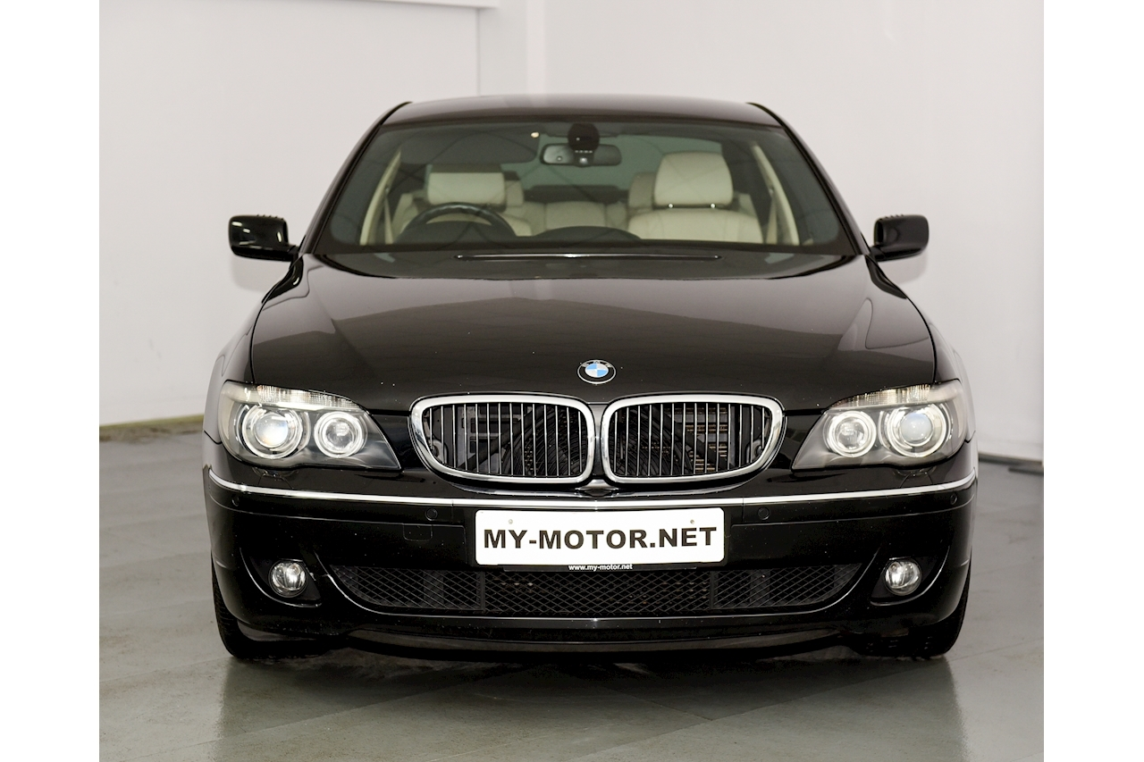 Bmw 7 Series - Large 1