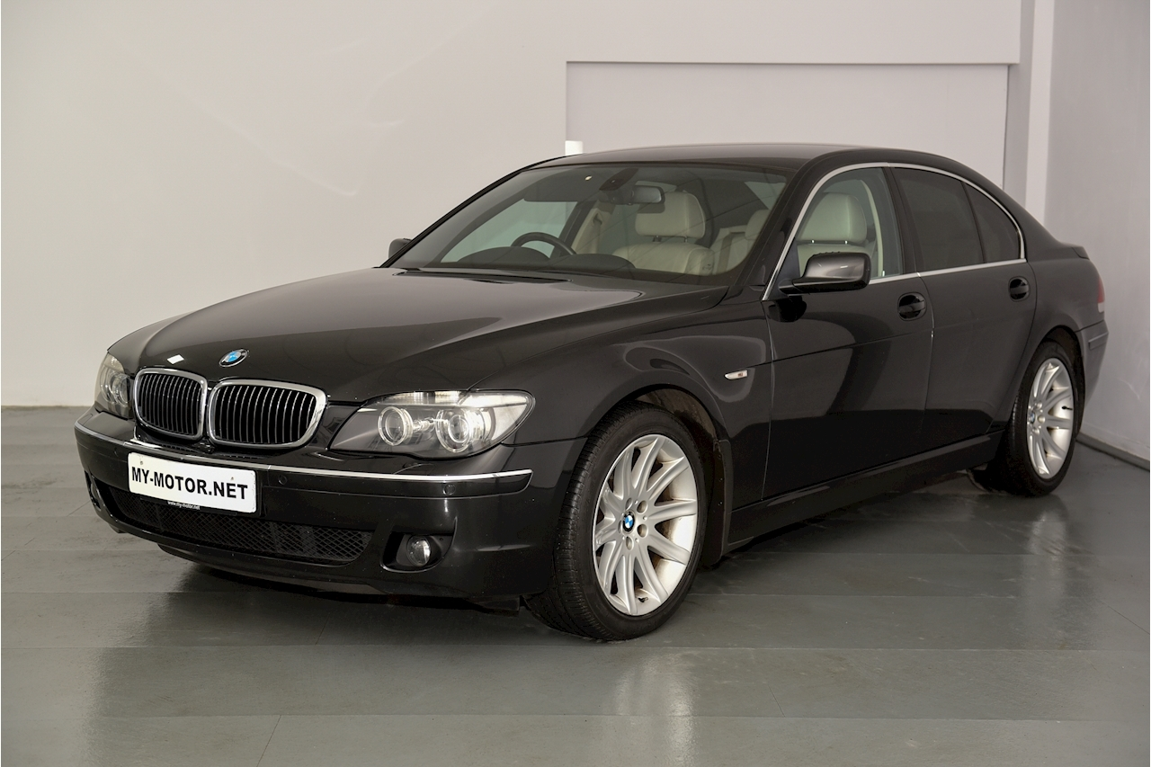 Bmw 7 Series - Large 2