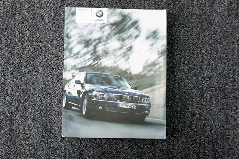 Bmw 7 Series - Large 35