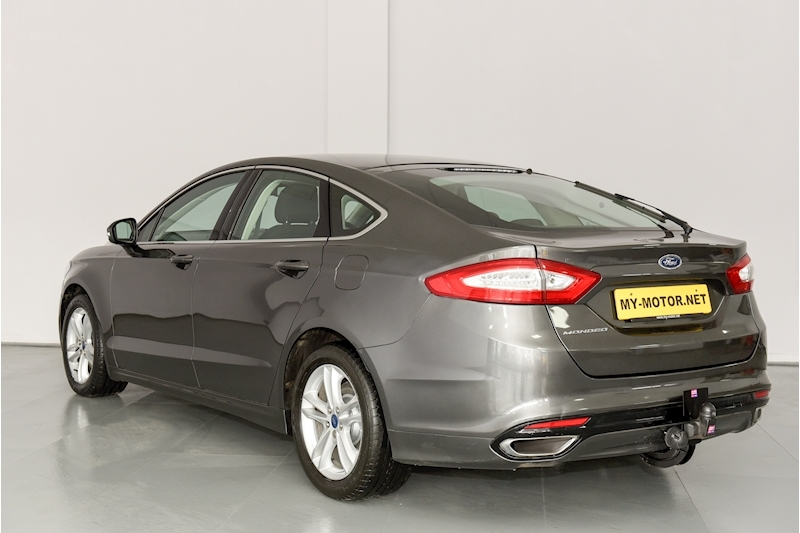 Ford Mondeo - Large 5