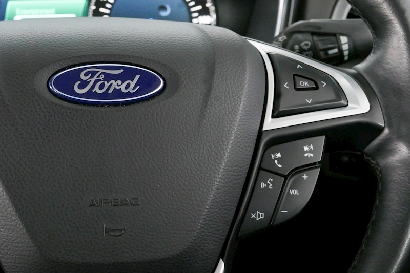 Ford Mondeo - Large 17