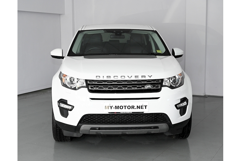Land Rover Discovery Sport - Large 1
