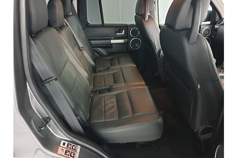 Land Rover Discovery - Large 24