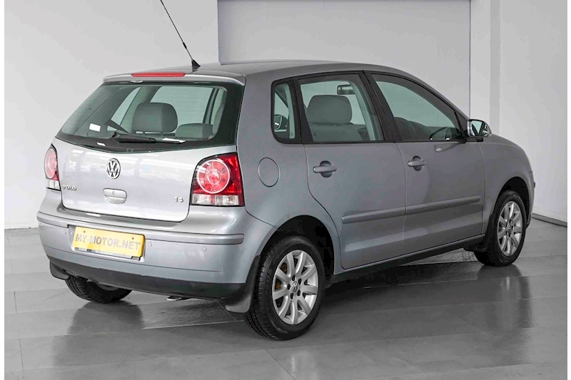 Volkswagen Polo - Large 3