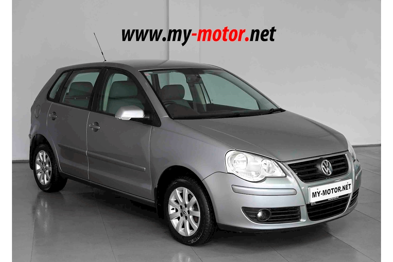 Volkswagen Polo - Large 0