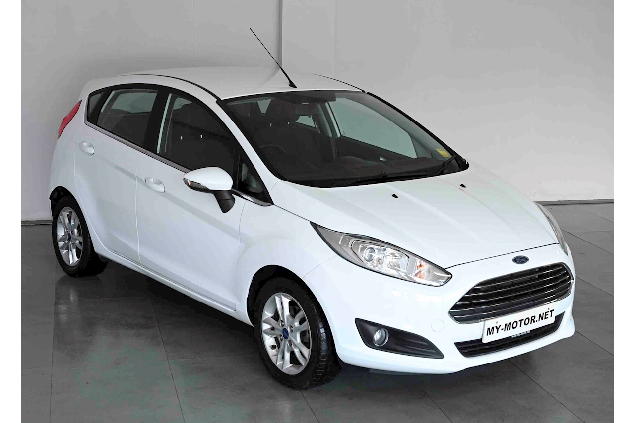 Ford Fiesta - Large 6