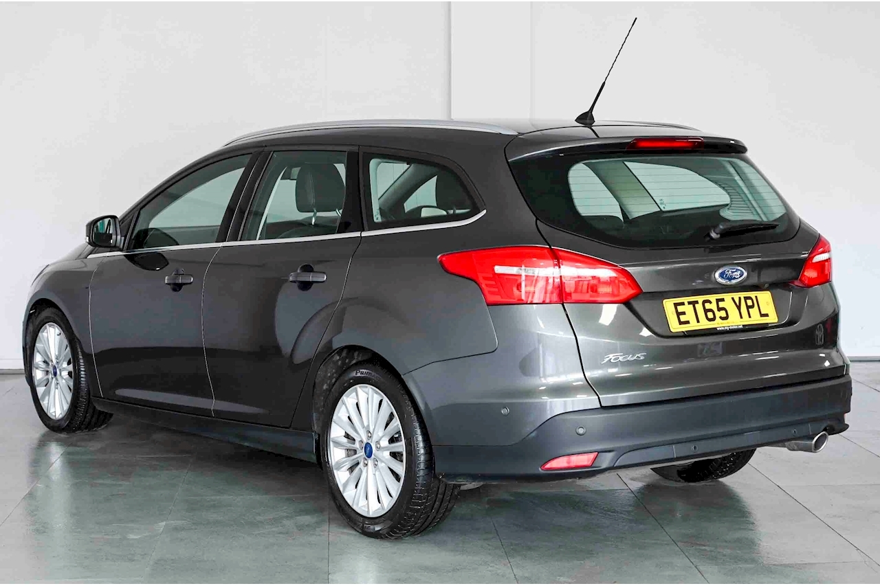 Ford Focus - Large 5