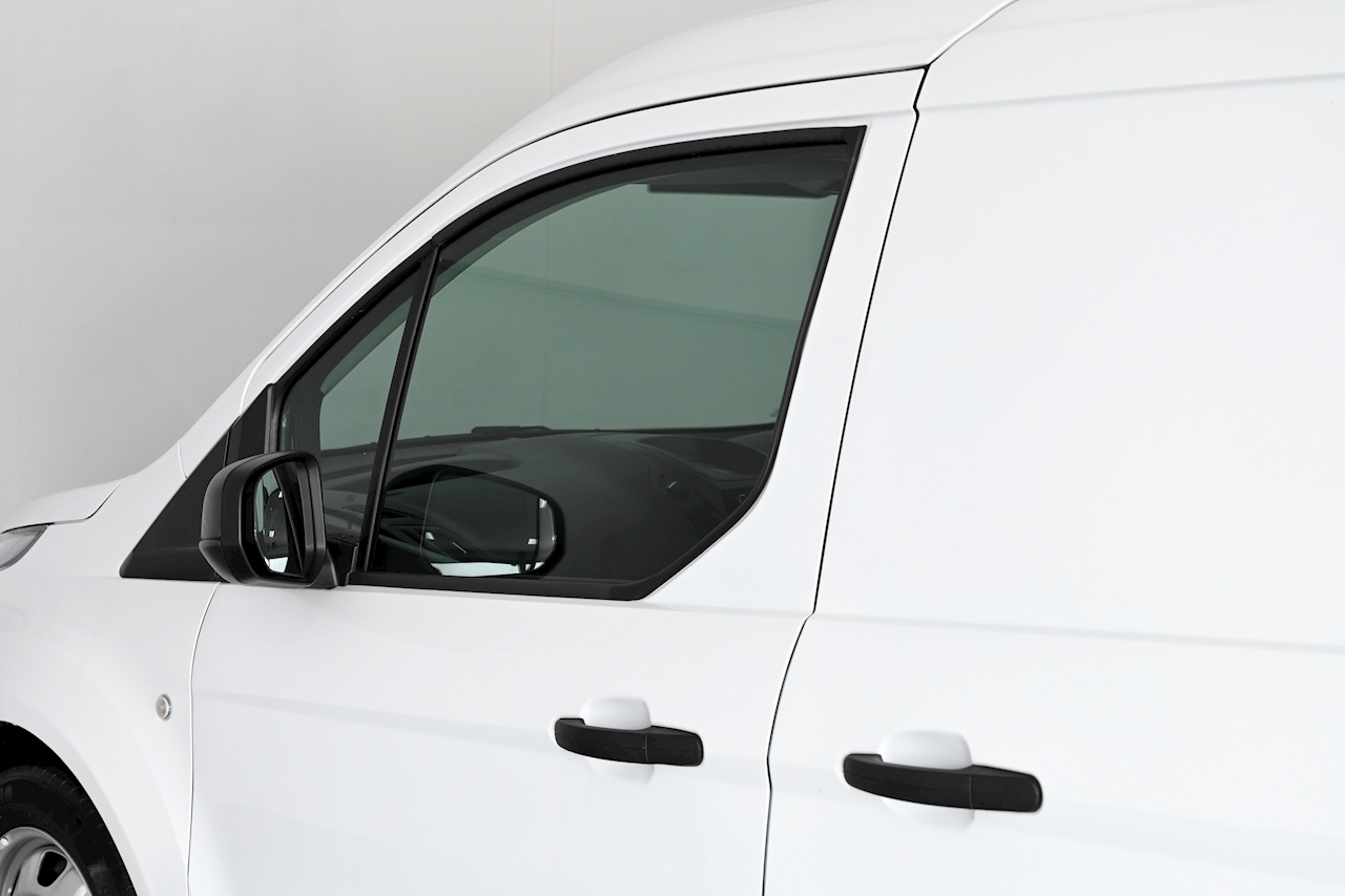 Ford Transit Connect - Large 28