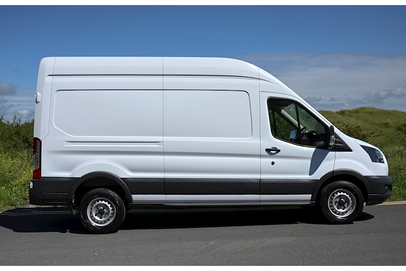 Ford Transit - Large 4