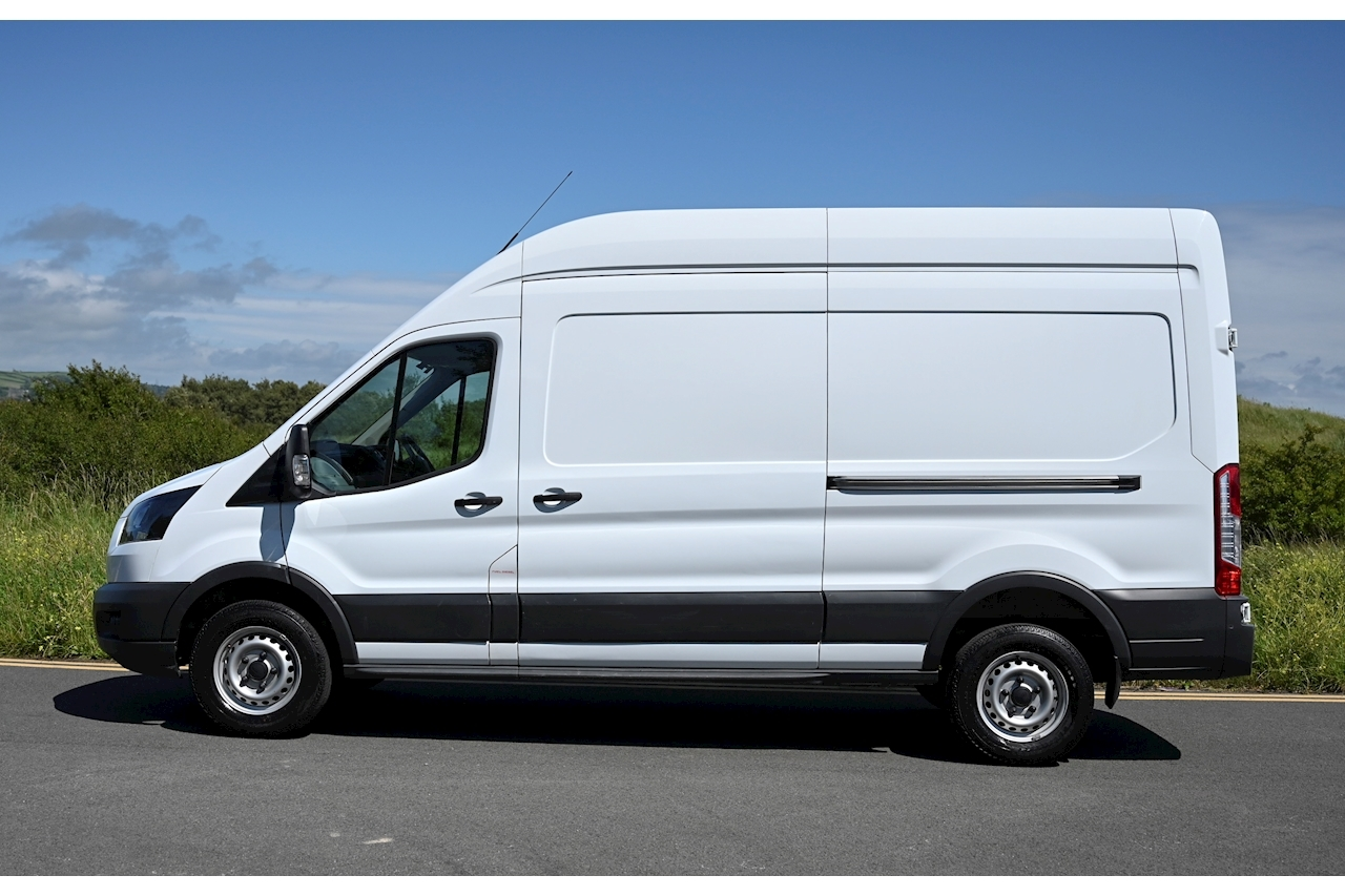 Ford Transit - Large 1