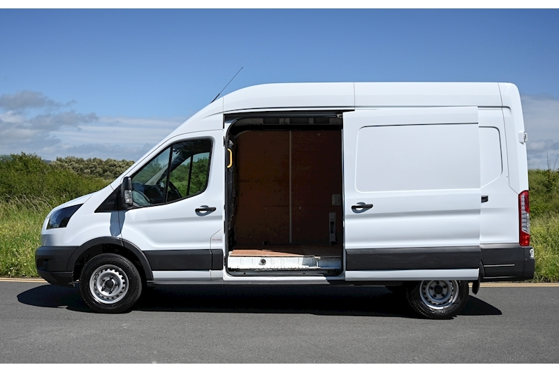 Ford Transit - Large 2
