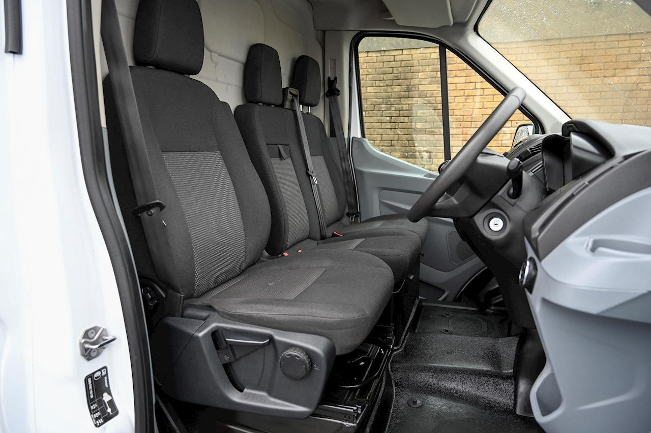 Ford Transit - Large 13