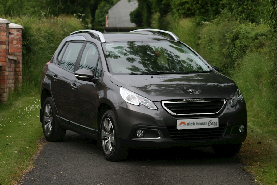 Peugeot 2008 Blue Hdi Active Image 1