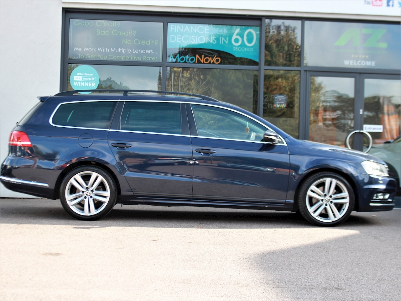 Volkswagen Passat R Line Tdi Bluemotion Technology - Large 3