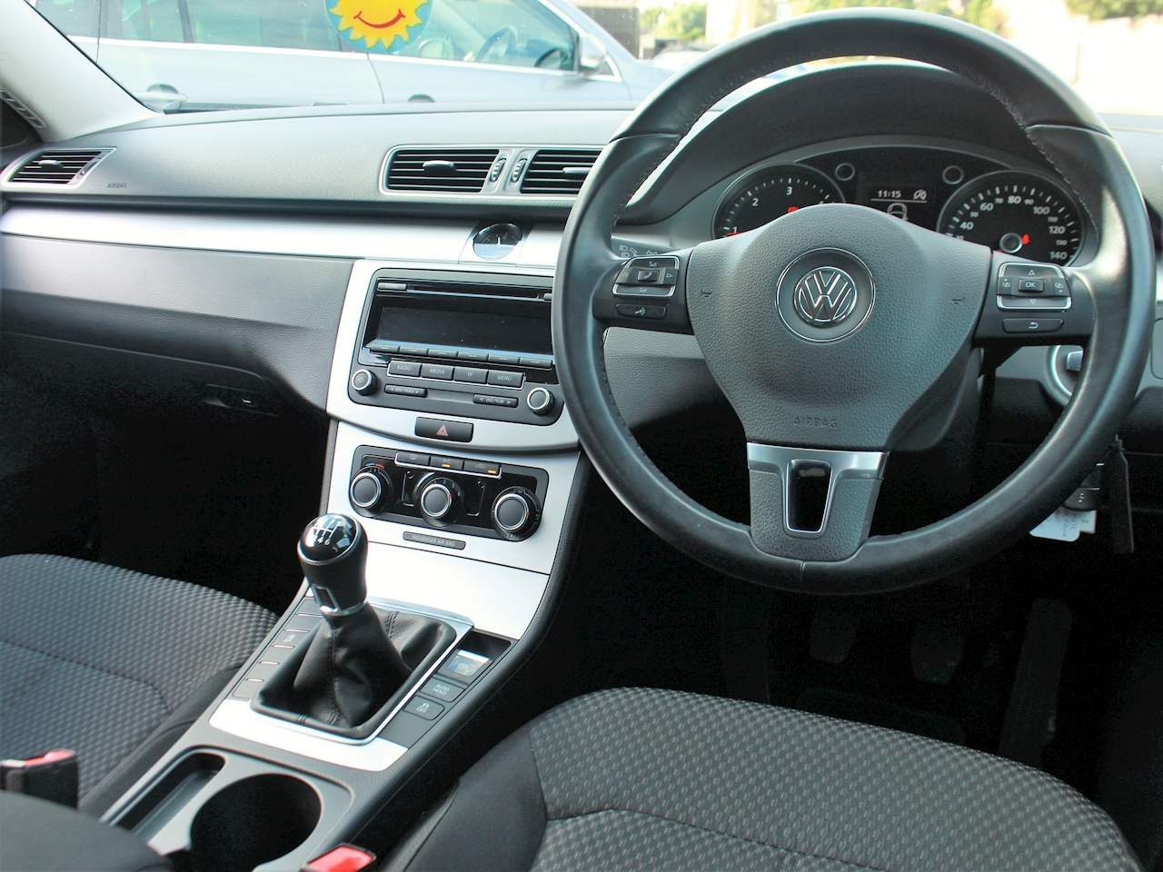 Volkswagen Passat R Line Tdi Bluemotion Technology - Large 14