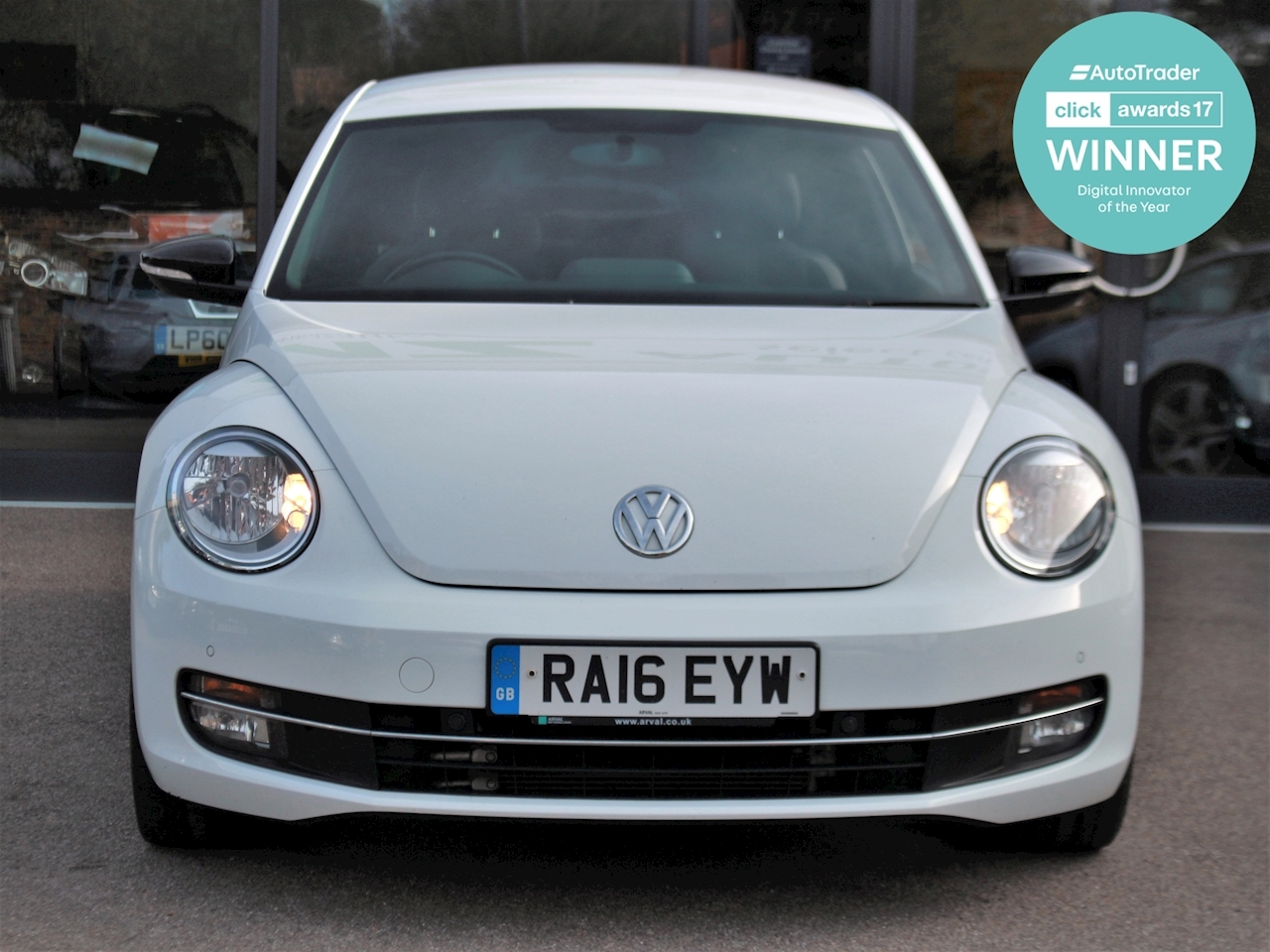 Volkswagen Beetle Sport Tdi Bluemotion Technology - Large 1