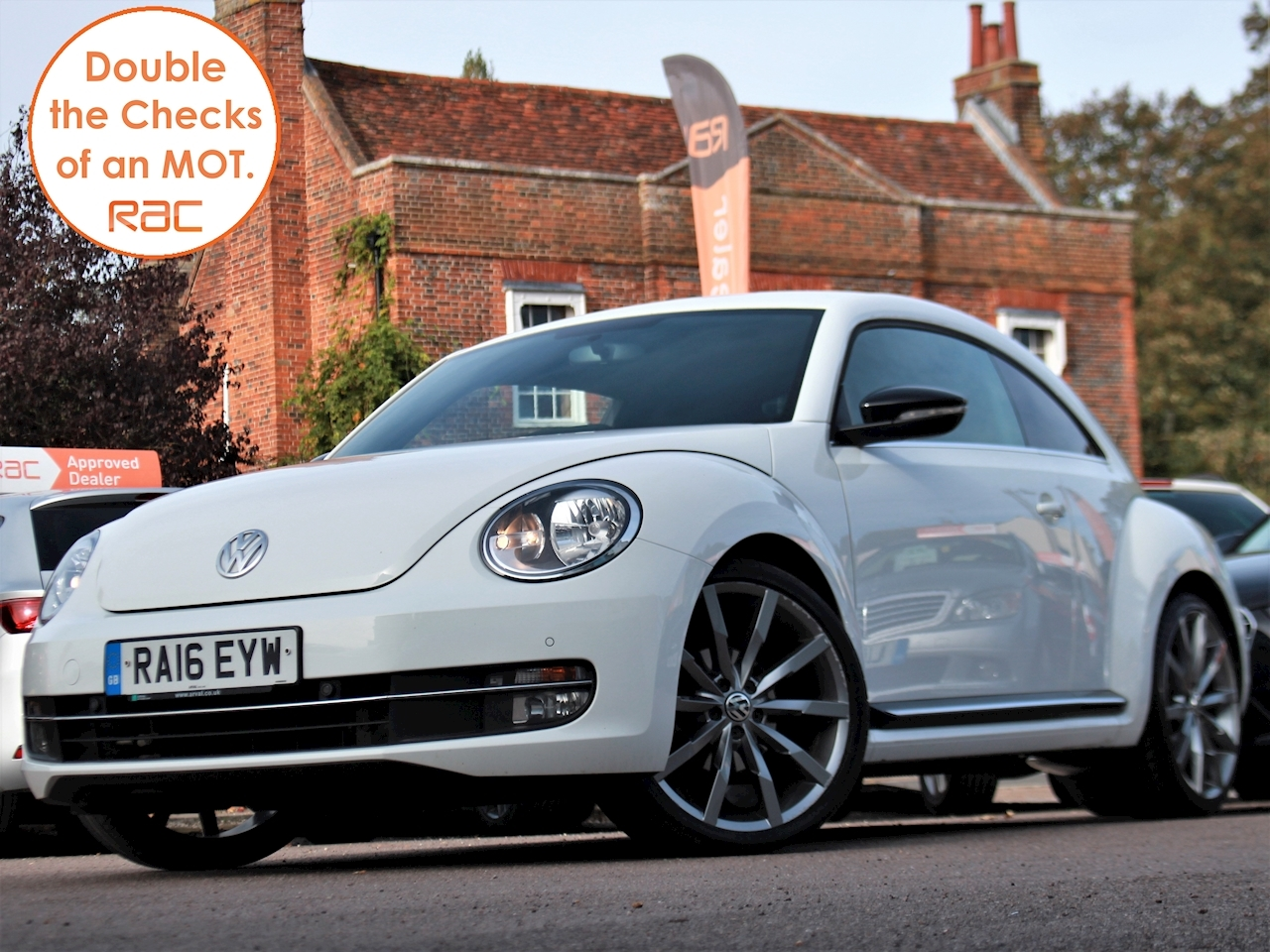 Volkswagen Beetle Sport Tdi Bluemotion Technology - Large 2