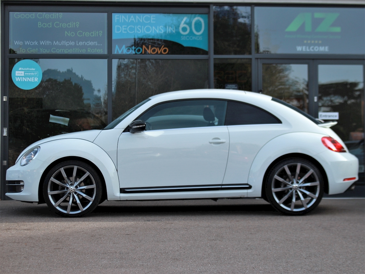 Volkswagen Beetle Sport Tdi Bluemotion Technology - Large 4
